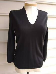 NWT  ECCOCI SABLE DARK BROWN V-NECK FITTED RUCHED SWEATER size M