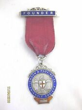 Antique Solid Silver FOUNDERS MEDAL    FRIENDLY SOCIETY Hallmarked  LONDON 1912