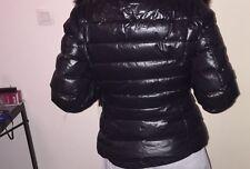 MONCLER manteau doudoune courte,plume T1 (femme 36 et 38), prix de base 1450€