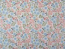 "FABRIC PIECE 44"" X 25"" 100% COTTON PATCHWORK CRAFT FABRIC - FLO'S LITTLE FLOWERS"