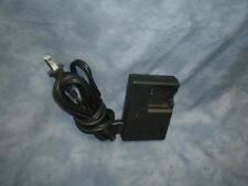 Genuine Olympus Li-ion Battery Charger   Model  LI-40C