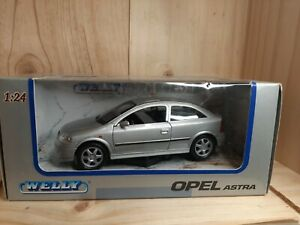 WELLY OPEL ASTRA  1/24 VINTAGE