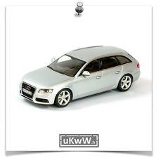 Minichamps 1/43 - Audi A4 Avant 3.2 2008 argent