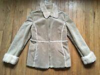 GUESS Beige Genuine Leather Women's Jacket Size M Faux Fur Interior