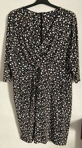 M&S Size 26 Brown Patterned 3/4 Sleeved Lined Dress -(C106)