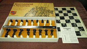 E S Lowe Tournament Chessmen Staunton Pattern No. 809 - 1968