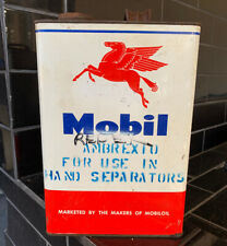 Mobiloil Vacuum Co. 1 Gallon Vintage Oil Tin