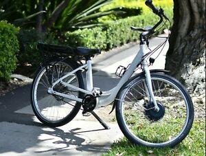 """Smartmotion Essence 26"""" E Bike 36v 17Amh"""
