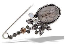 Rose Gold Tone Metal Safety Pin Brooch with Crystal Charms 65mm L Broszki i szpilki Sztuczna biżuteria