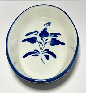 Viana do Castelo Stoneware Baking Dish White Blue Floral Hand Painted Portugal