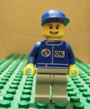LEGO MINI–TOWN CITY–GAS STATION–OIL–BLUE, LT BLUE-GRAY LEGS, BLUE CAP–GENT USED