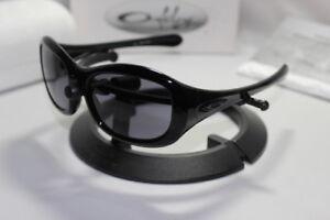 New Oakley Eternal Women's Serialized Sunglasses Black/Grey Lens 03-390