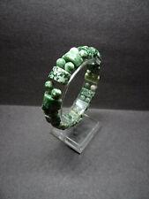 Armband mit grünen Steinen, dehnbar (07260)