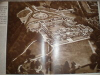 Photo article aerial view of Buckingham Palace London 1947