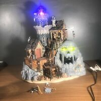 Isle of Doom Lighthouse Lemax Spooky Town #45002 Animated/Lighted Halloween