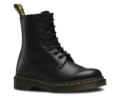 Dr.Martens - 1460 Lace Up Smooth Leather Boots - BLACK / 11822006