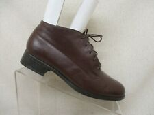 MUNRO Brown Leather Lace Up Ankle Fashion Boots Booties Size 8 N Style 7391 GUC