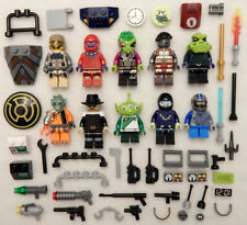 10 NEW LEGO MINIFIG LOT Space Alien people Men minifigure robot zombie figure