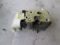 FIAT Punto Van 1.3 Mtj 51KW Remplacement Fermeture Serrure avant Gauche 46535