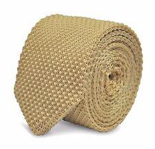 Avorio lavorato a maglia Skinny Tie con l'estremità appuntita da Frederick Thomas ft2219