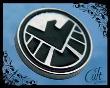 Marvel Agents of Shield small metal & enamel Shield Pin Badge Pins Infinity Wars