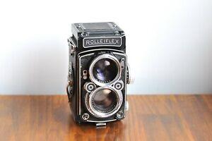 Rolleiflex 2.8C  Schneider Kreunach Xenotar Lens   w/ Leather case and Lens Hood