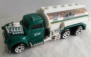 Hot Wheels 1999 Long Hauler Tanker Green Tornado Truck 1:43