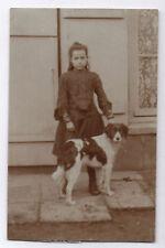 CARTE PHOTO ANCIENNE N&B Chien de chasse Petite Fille Vers 1920 Portrait