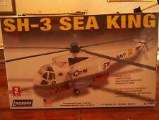 SH-3 Sea King Helicopter Lindberg Model 1/72 Scale model kit