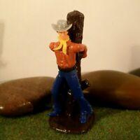 Original Hausser Elastolin 5,6cm Steckfigur Cowboy/Bandit am Marterpfahl