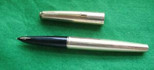 A GOLD PLATED PARKER 61 FOUNTAIN PEN