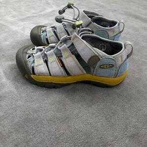 Keen Waterproof Sandals Boy's Size 1 Outdoor Hiking Camping Fishing Shoe