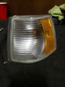 1995 Volvo 850 Drivers Side Outer Headlight