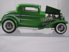 Acme 1932 Ford Grand National Series #6 Green w/White Scallops A1805011