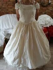 ein Brautkleid/Kostüm in crem Gr 48/50/52 aus Seide