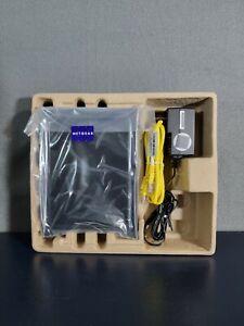 Netgear N300 300 Mbps 4-Port 10/100 Wireless N Router (WNR2000) Never used New