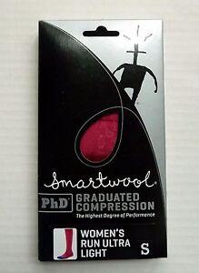 New Women`s SmartWool PhD Graduated Compression Run Ultra Light Socks