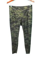 Eddie Bauer M Green Camo Capri Leggings Camouflage Pants Travel Camp Hike Womens