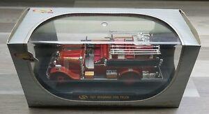 Camion de Pompier : 1931 Seagrave Fire Truck - Signature Models - n°32380 - Neuf