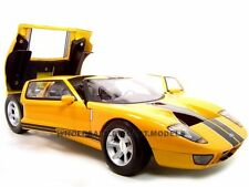 Broken FORD GT CONCEPT YELLOW 1:12 DIECAST MODEL CAR BY MOTORMAX 73001