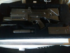 The Terminator Build The T-800 Hachette Issues 1:2 Scale Plasma Pulse Rifle