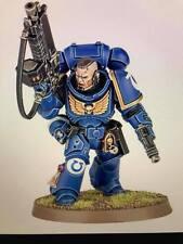 Warhammer 40,000 Space Marines Primaris  Lieutenant Auto Bolt Rifle and Pistol