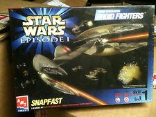 Star Wars episodio 1 Droid luchadores Snapfast Modelo Kit Amt Ertl, Sellada MIB