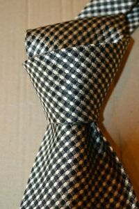 """$260 NWT TOM FORD Navy w/ white raised dots men's 4"""" jacquard lux Silk tie Italy"""