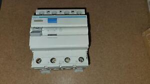 Hager CFA425D Fehlerstrom-Schutzschalter FI RCCB 25A 300mA 4 polig 0,3 TypeA geb