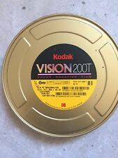 8 rolls of Kodak Vision 200t/7274 16mm color película negativa, 1 can: 400ft/122m