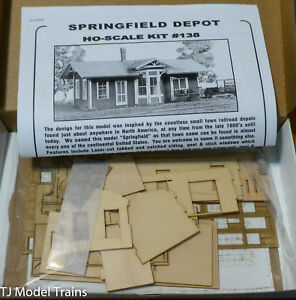 American Model Builders HO #138 Springfield Depot (Now Comes in a bag) NEW