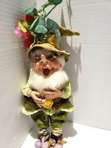 "Mark Roberts 2015 Garden Gnome Elf Ladybug Flower Green 11"""
