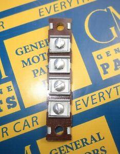 1937-1956 GM 4 Terminal Headlight Wiring Junction Block.  OEM #1998763