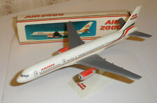 AIR 2000 Boeing 757 - Snap Together Model Airliner 1:250 Scale